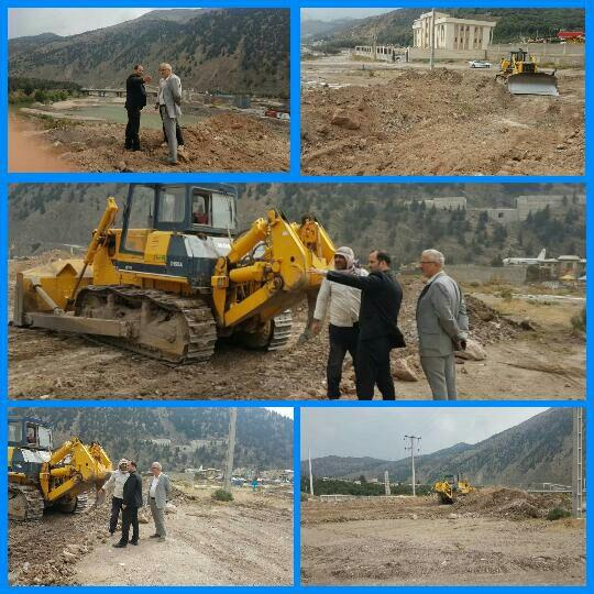 سرپرست شهرداری و رئیس شورای شهر رودبار از عملیات اجرایی  تعریض مسیرجاده ساحلی سفیدرود در پایین بازار بازدید نمودند